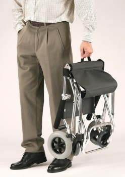 2488-silla-de-transito-compact-gran-utilidad-para-el-transporte-de-personas-con-movilidad-reducida-temporalmente-asister-ayuda-a-domicilio-y-ayudas-tecnicas