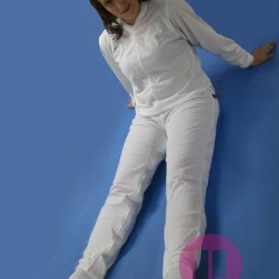 pijama antipañal de invierno con pies y manga larga