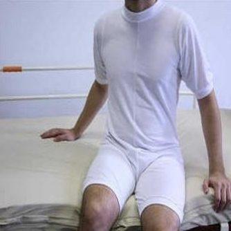 Pijama Corto Cremallera En Espalda y Piernas.
