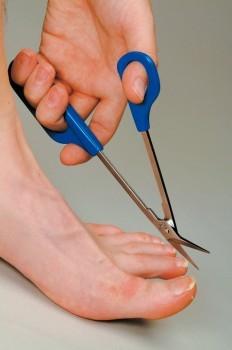 tijeras-de-pedicura-tijeras-para-las-unas-de-los-pies-corta-las-nas-incluso-las-mas-duras-ref-adh6766-asister-ortopedia-y-ayuda-a-domicili