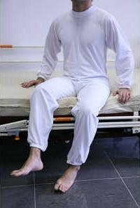 5612-pijama-largo-con-cremallera-en-espalda-y-piernas-ref-ugatv2081-asister-ortopedia-y-ayuda-a-domicilio