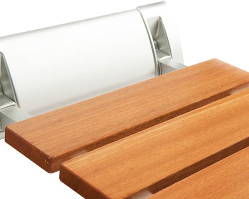 Asientos bancos taburetes y sillas para ducha asister for Ducha madera