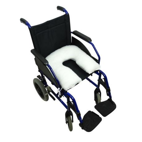silla de ruedas con cojín cómodo