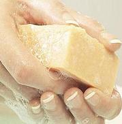 higiene: cremas, toallitas, guantes, antisepticos, contenedores