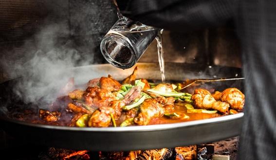 Receta De Paella: con ayudas técnicas de cocina