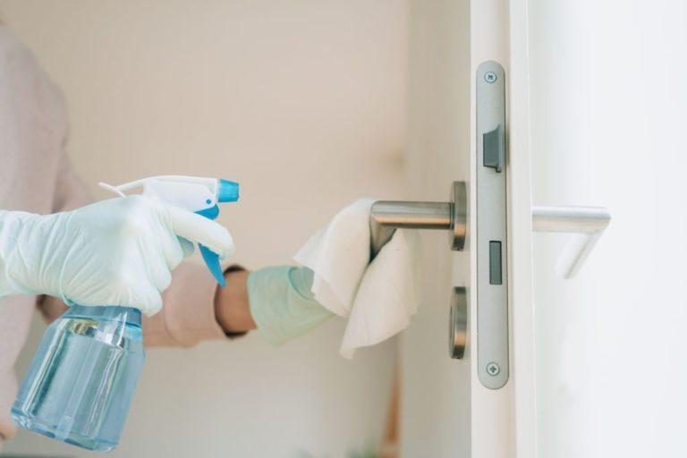 desinfeccion de puntos comunes de la casa para coronavirus