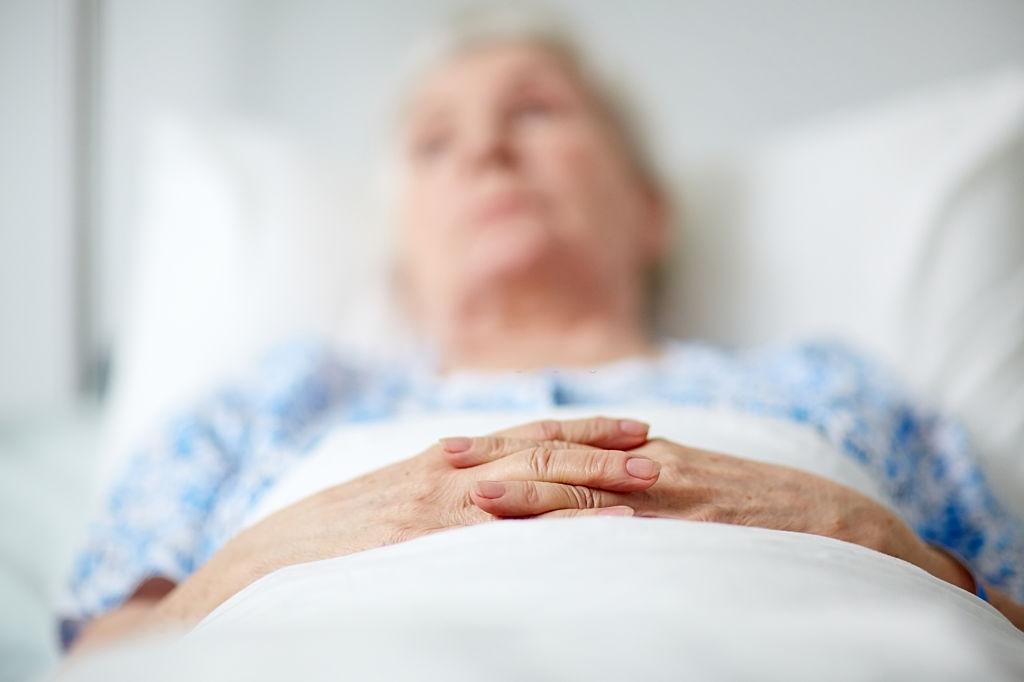 anciana encamada largo tiempo ulceras por presion